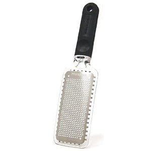 Does the Microplane Grater work?