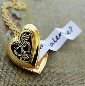 Heart Locket Messages