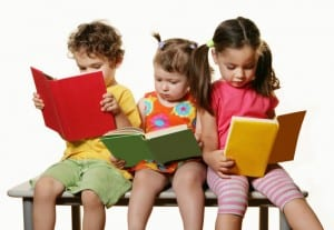 children-leaning-reading