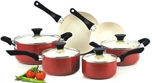 Does the Cook N Home NC-00359 Nonstick Ceramic Coating 10-Piece Cookware Work?